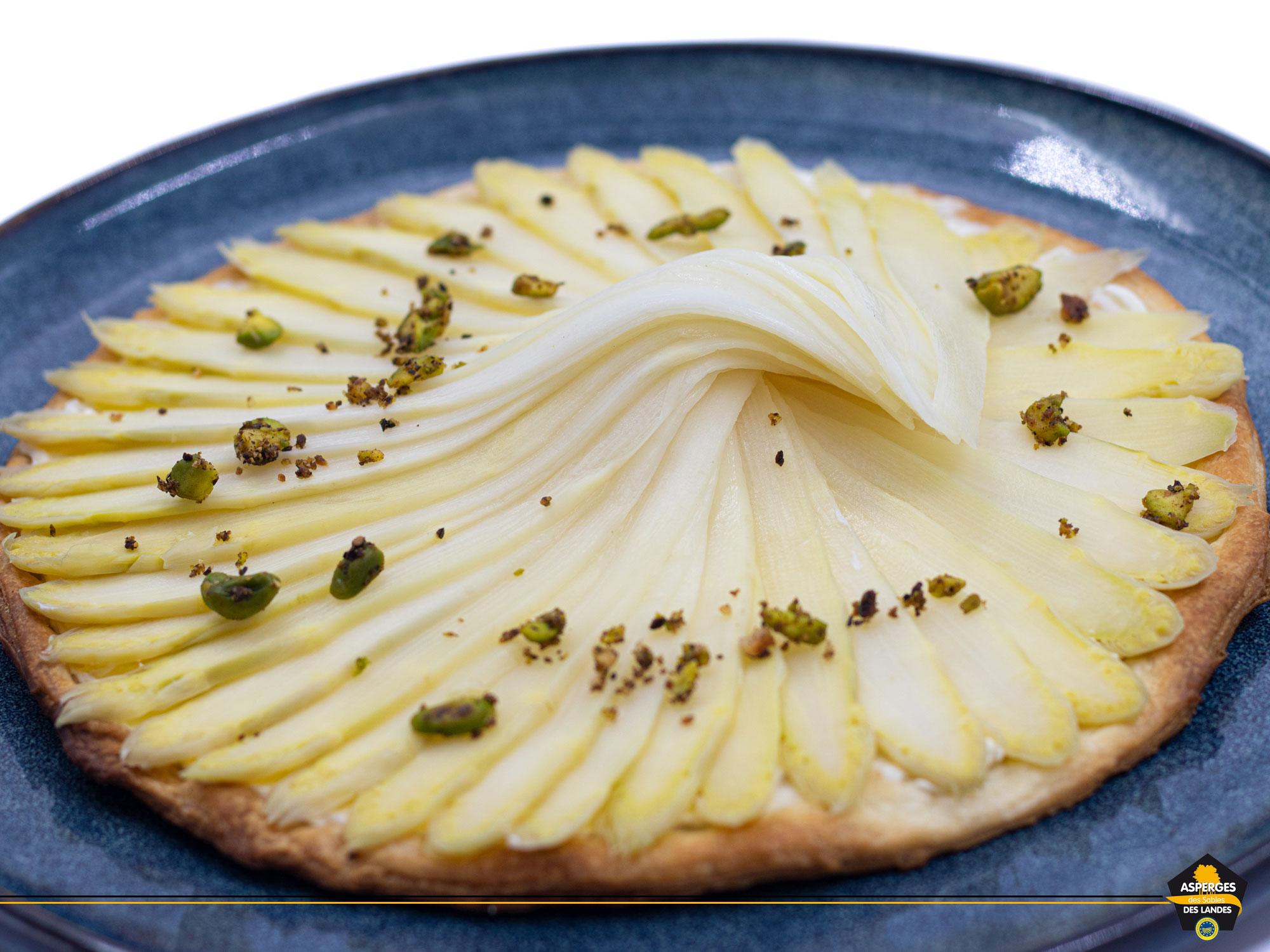 Des ingrédients simples pour une sublime recette de tarte aux asperges des sables des landes